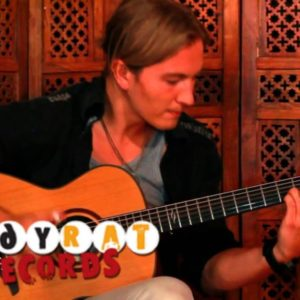Calum Graham — Phoenix Rising, finger tab