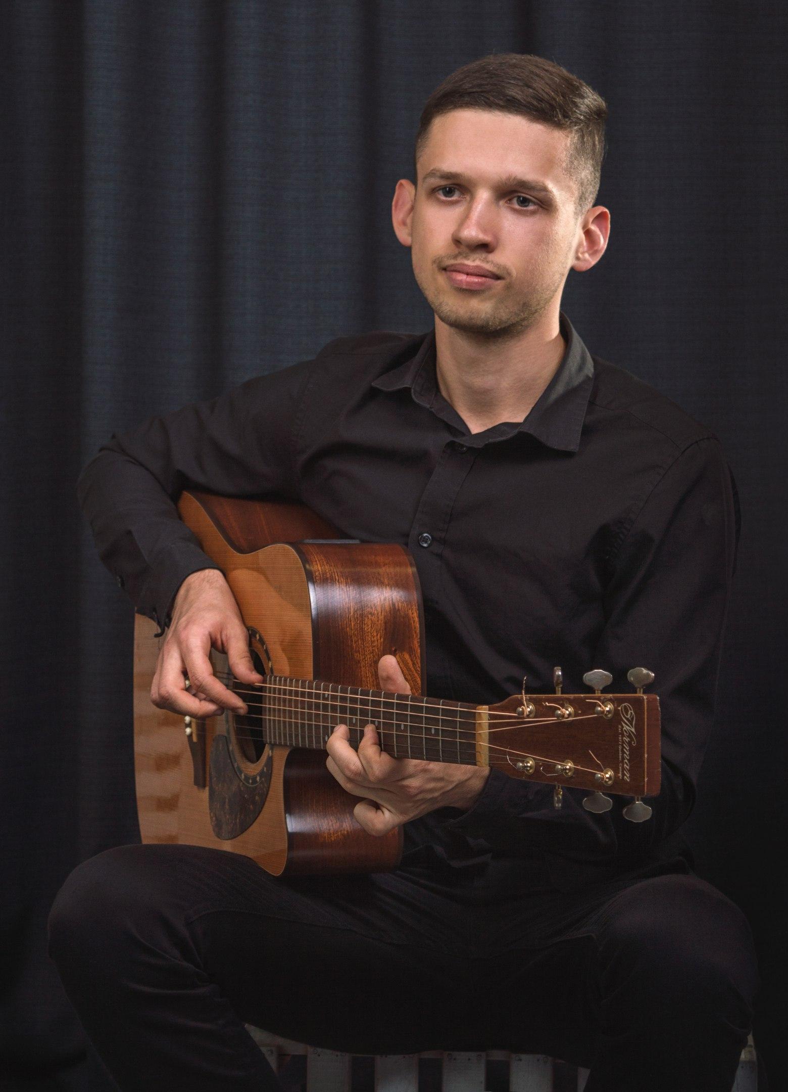 Артем Мироненко