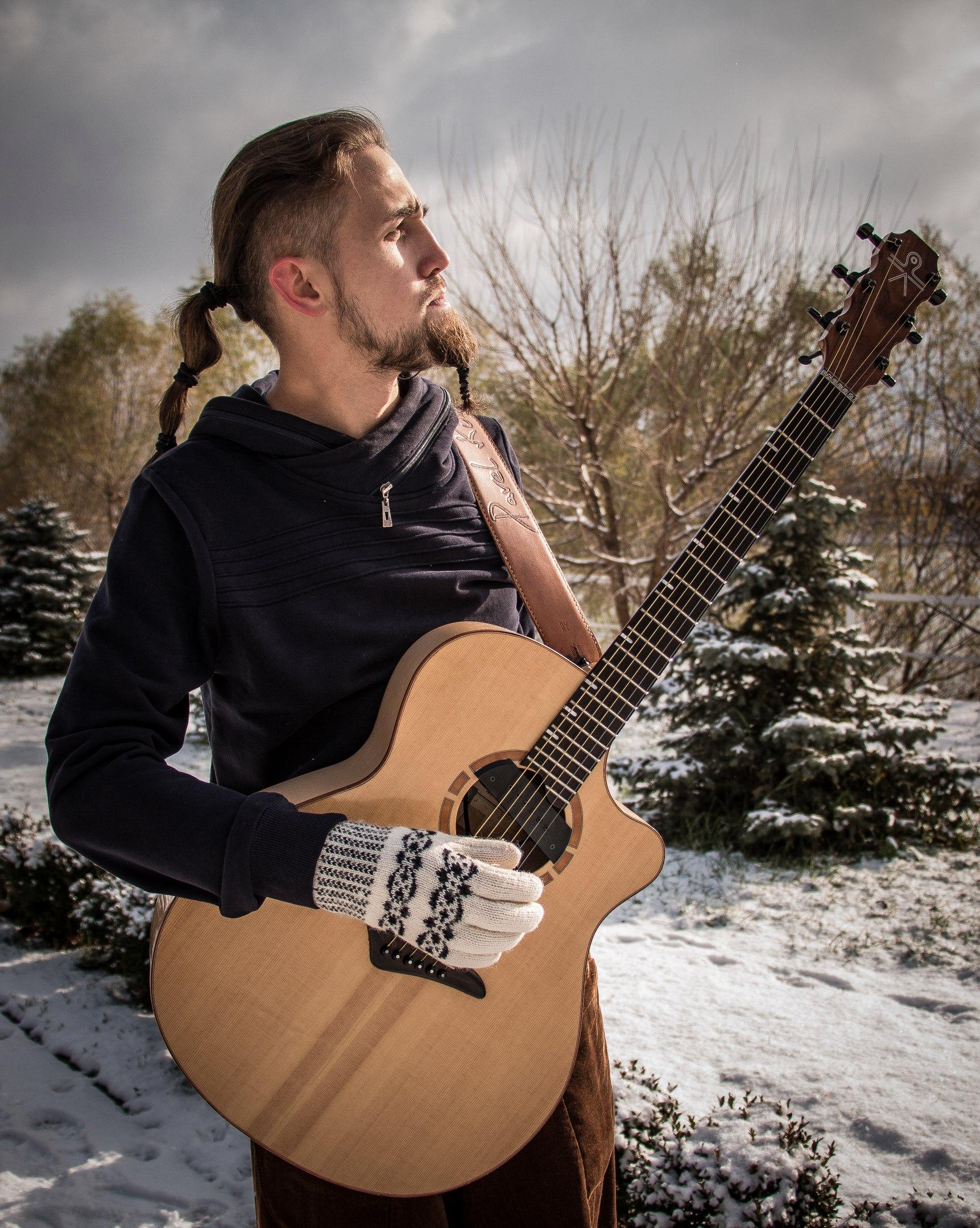 Преподаватель по фингерстайл гитаре. Заказ аранжировок.